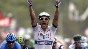 O alemão Marcel Kittel ganhou a primeira etapa da Volta a França em bicicleta