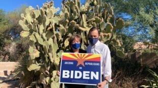 Nan et Daniel Barker sont républicains et membres de l'église mormone. Cette année ils voteront Joe Biden.