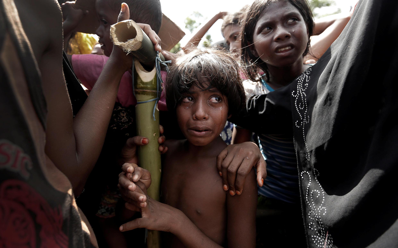 រូបតំណាង៖ ក្មេងស្រី រ៉ូហ៊ីងយ៉ាដែលជាអ្នកភៀសខ្លួន រង់ចាំទទួលជំនួយនៅ Cox's Bazar ក្នុងប្រទេសបង់ក្លាដែស នាថ្ងៃ២៥សីហា២០១៧