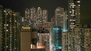 La economía de Hong Kong sufrió un retroceso histórico en 2020 a raíz de la pandemia y las protestas prodemocracia