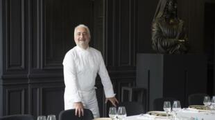 法國米其林星級廚師季薩瓦