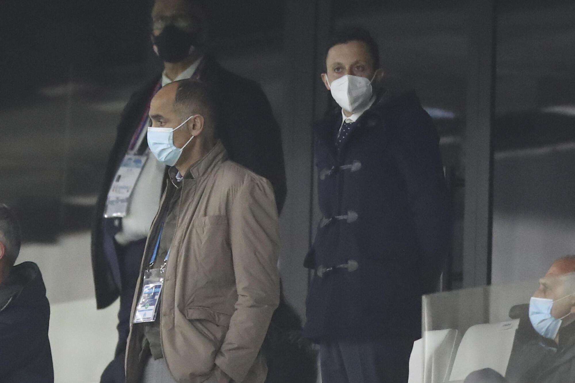 Pablo Longoria (à droite), le nouveau président de l'OM, pour son premier match en tant que tel face à l'OL, le 28 février 2021 au Vélodrome.