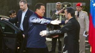 هوگو چاوز رئیس جمهور ونزوئلا و محمود احمدی نژاد، رئیس جمهور ایران