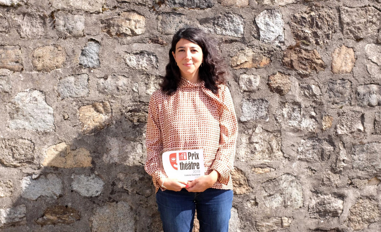 Valérie Cachard, lauréate libanaise du Prix RFI Théâtre 2019 pour « Victoria K, Delphine Seyrig et moi ou la petite chaise jaune », décerné au festival des Francophonies, Les Zébrures d'automne, à Limoges.