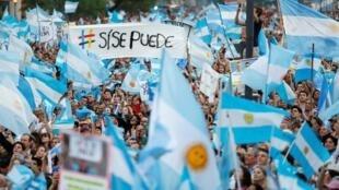 La brecha que separa a las dos Argentinas marca una polarización que se ha exacerbado en los últimos tiempos. Aquí, cierre de campaña de Mauricio Macri en Córdoba, este 24 de octubre de 2019.
