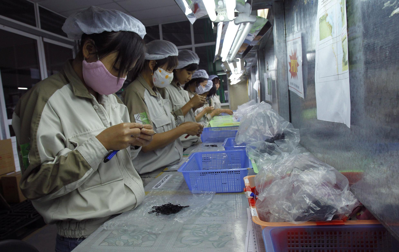 Một nhà máy sản xuất linh kiện điện tử ở huyện Quế Võ, gần Hà Nội.