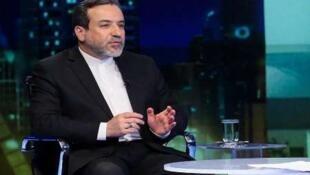 عباس عراقچی معاون سیاسی وزیر امور خارجه جمهوری اسلامی: «خروج از برجام را در دستور کار است و مرحله به مرحله انجام خواهد گرفت.