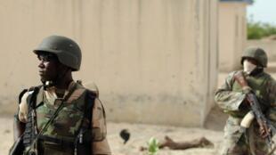 Des soldats nigérians.
