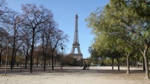 Muitos parques ficaram vazios neste domingo em Paris