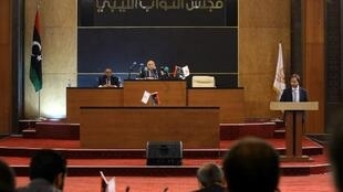 Des parlementaires de l'ouest libyen s'opposant à l'offensive du maréchal Haftar contre Tripoli se sont réunis de façon exceptionnelle ce 2 mai 2019.