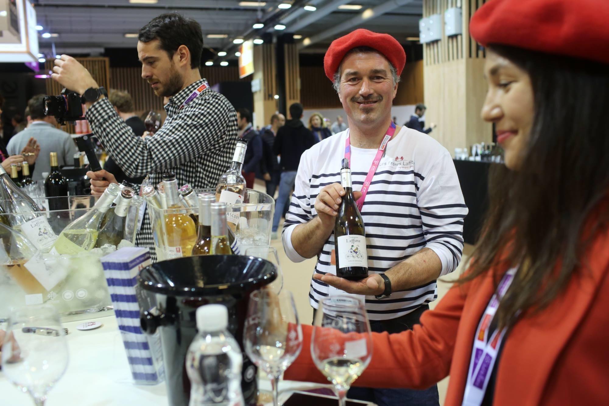 O salão do vinho de Paris acontece entre os dias 11 e 13 de Fevereiro.