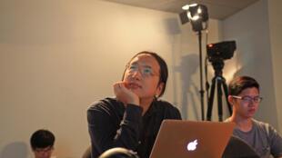 Génie informatique et hackeuse, Audrey Tang a une autre particularité et pas des moindres : celle d'être le premier transgenre au monde à occuper un poste de ministre.