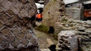 Một góc nhà cổ được phát hiện tại công trường xây tầu điện ngầm ở Roma.