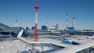 etação de compressão Atamanskaya, parte do projeto Power Of Siberia da Gazprom fora da cidade de Svobodny, na região de Amur, na R►.