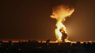 Un bombardement israélien à Gaza le 12 août 2020.