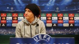 David Luiz durante coletiva antes do jogo do PSG contra o Barcelona.