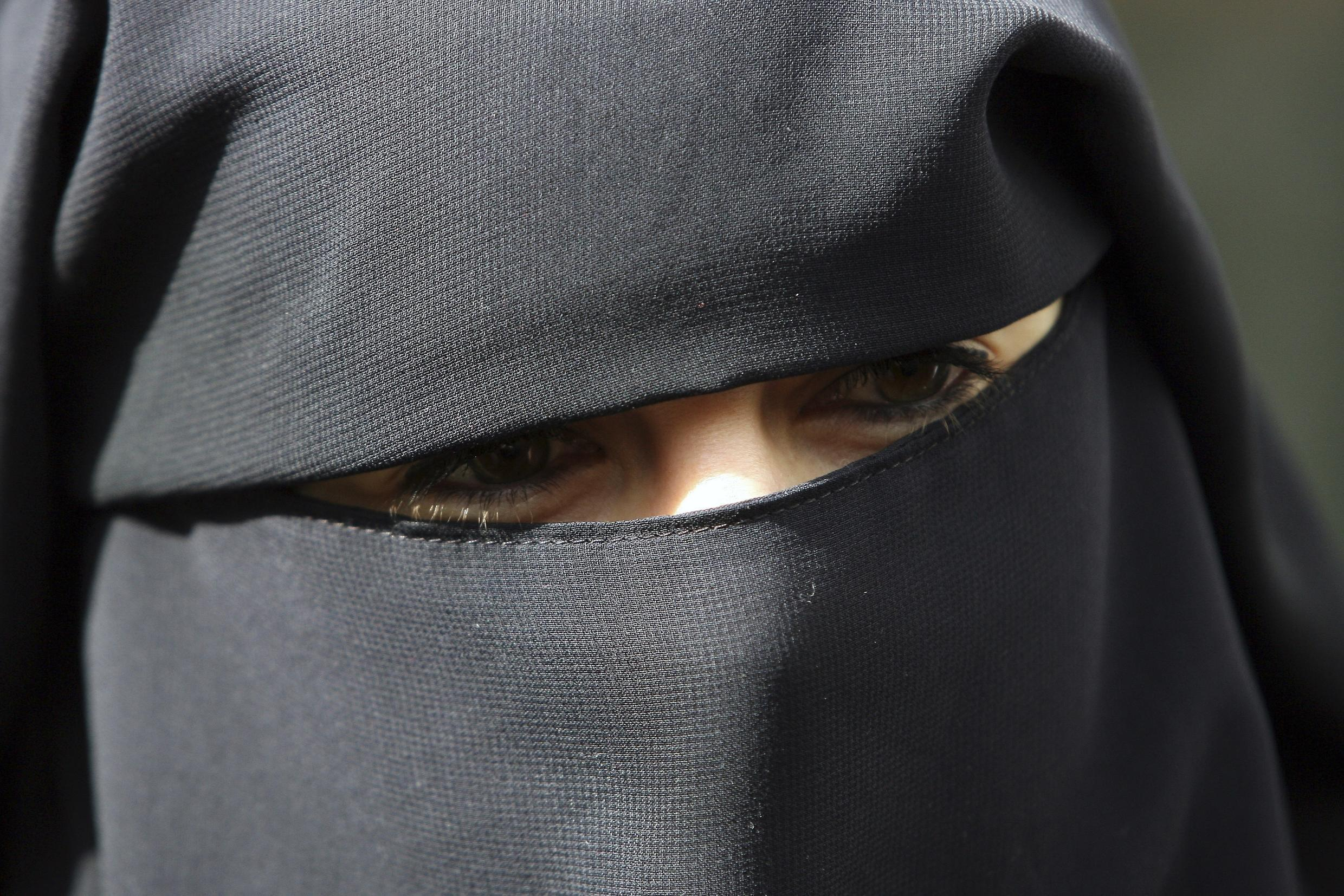 France and Spain could join Belgium in clamping down on full-face veils