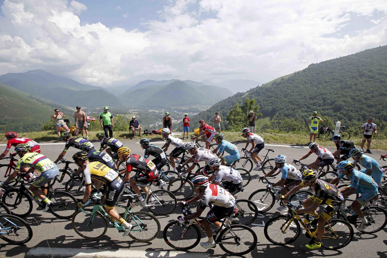 Le peloton du Tour de France lors de la 7e étape qui arrivait au Lac de Payolle, le 8 juillet 2016.