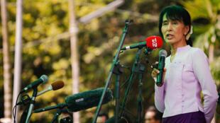 缅甸民主派领导人昂山素吉2012年3月30日.