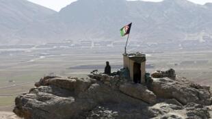Tại một trạm kiểm soát của quân đội Afghanistan thuộc tỉnh Logar, ngày 16/0/2/2016.