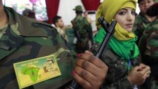 卡紮菲部隊中的女兵