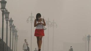 Смог в Москве во время лесных пожаров, август 2010 (архив)