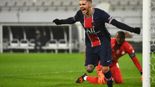L'attaquant argentin du Paris Saint-Germain, Mauro Icardi, célèbre son but marqué contre Marseille, lors du Trophée des Champions, le 13 janvier 2021 à Lens