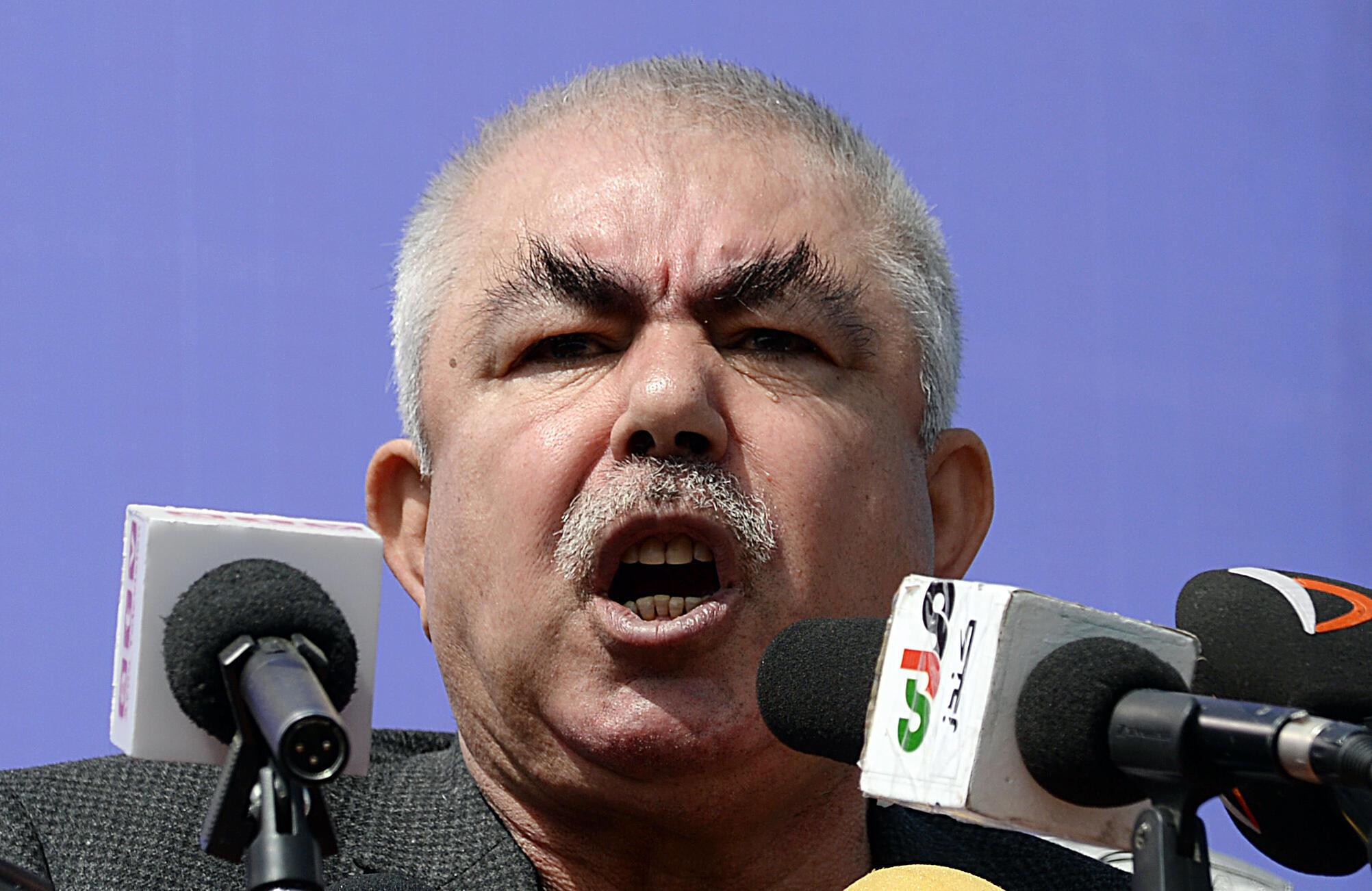 Ancien vice-président afghan, le maréchal Abdul Rachid Dostom est aussi un ancien chef de guerre.