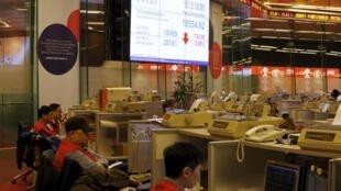 資料圖片: 香港交易所場內景象。
