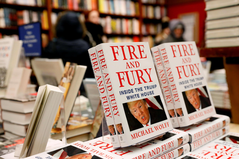 អាមេរិក៖សៀវភៅ « Fire and Fury » កំពុងធ្វើឲ្យលោកដូណាល់ ត្រាំញាក់សាច់