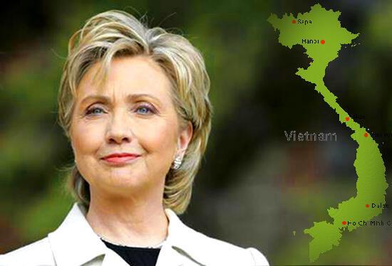 Ngoại trưởng Mỹ Hillary Clinton (DR)