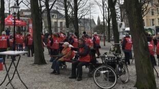 Manifestation de retraités à La Haye aux Pays-Bas.