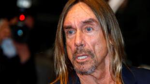 Iggy Pop, chanteur  leader et compositeur du groupe de rock The Stooges prend la pose au 69e Festival de Cannes pour le film, présenté hors compétition, «Gimme Danger».