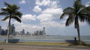 圖為巴拿馬美麗海灘景色