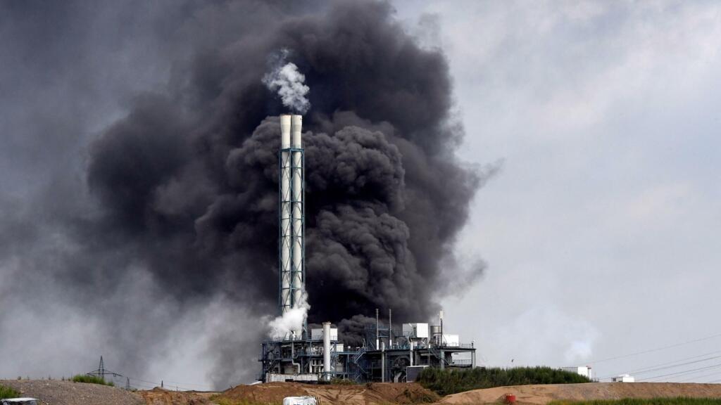 Allemagne: explosion et incendie sur le site chimique de Leverkusen