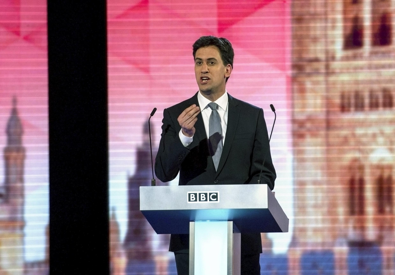 O líder do Partido Trabalhista, Ed Miliband, durante debate na televisão britânica na noite desta quinta-feira (16).