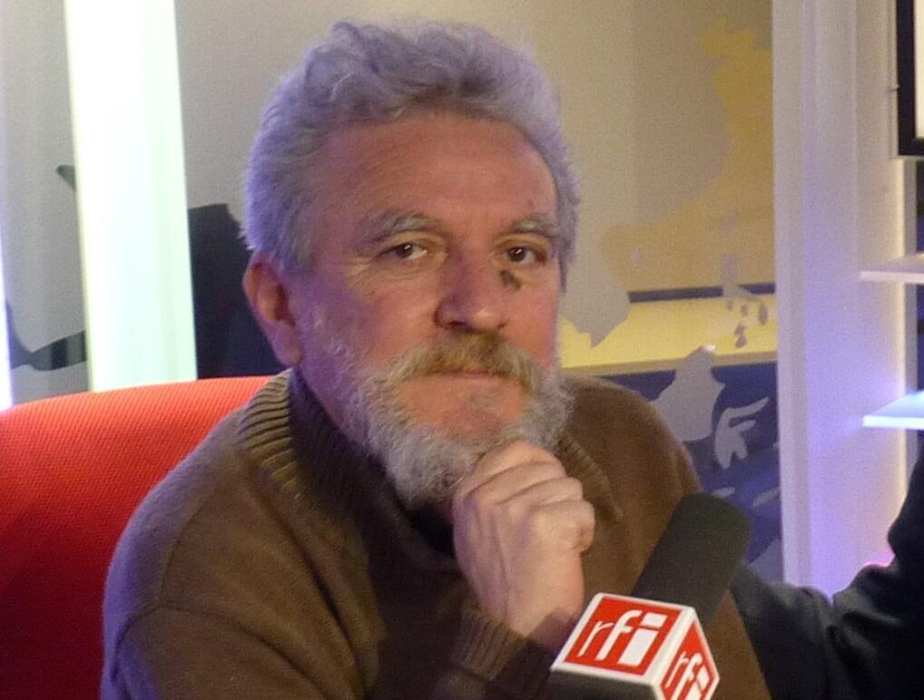 Gustavo Segura en el estudio 51 de RFI