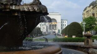Vue sur le théâtre de Timisoara, depuis la place de la Victoire.