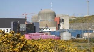 法國西北部弗拉芒威爾核電站遠景