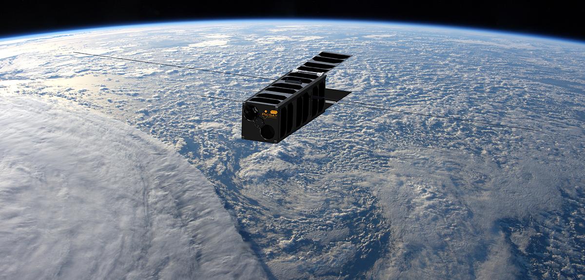 Pesant 3,5 kg, PicSat appartient à la famille des «CubeSats», constitués de l'assemblage de plusieurs modules cubiques de 10 cm de côté. Il mesure 30 cm dans sa plus grande longueur.