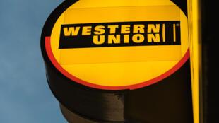 Enseigne d'agence Western Union.