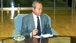 Naguib Sawiris, magnat copte égyptien des télécoms, en Corée du Nord, le 24 janvier 2011.
