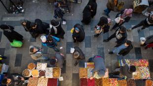 Juin 2018, le bazar de Téhéran. Les commerçants manifestent contre la crise économique, la chute de la monnaie iranienne, l'envolée du dollar.