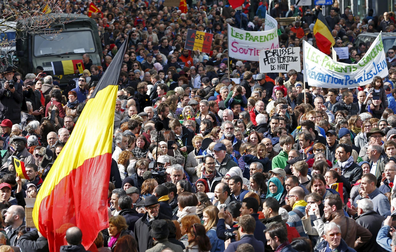 La marche a été baptisée «Marche contre la terreur et la haine, Tous Ensemble, Samen Een, All Together».