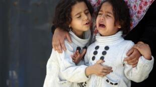 Una niña libia evacuada de Misrata.
