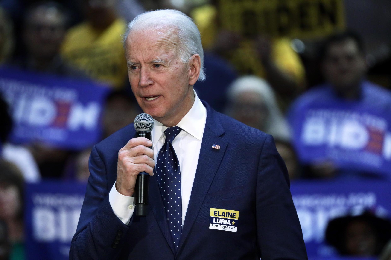 Ứng viên tranh cử sơ bộ, cựu phó tổng thống Joe Biden, ngày 01/03/2020 tại Norfolk, Virginia..