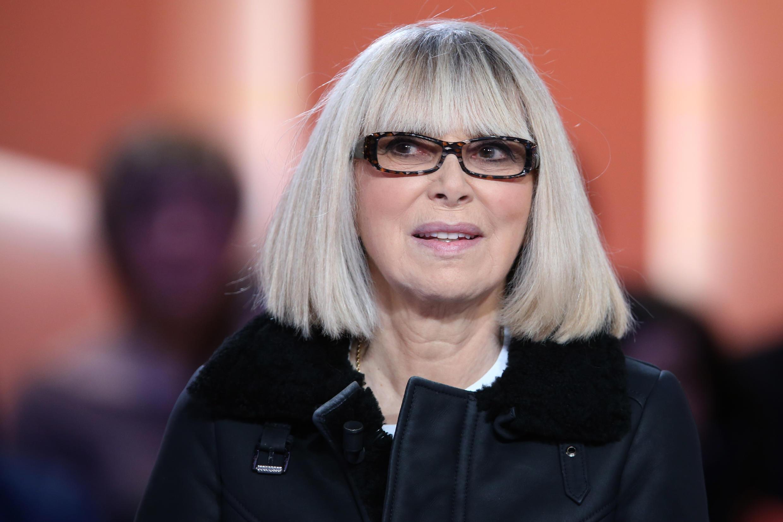 Мирей Дарк в телепередаче «Le Grand journal» на  канале Canal + 10 декабря 2012.