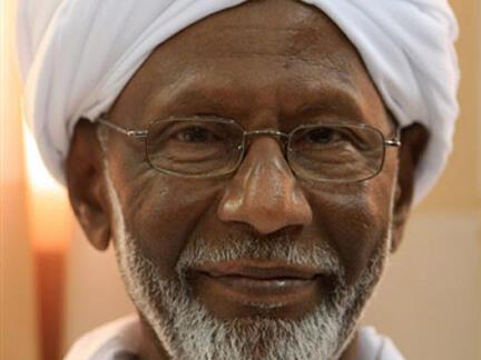 Hassan al-Tourabi à Khartoum le 9 mars 2009, après sa sortie de prison.
