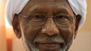 Hassan al-Tourabi à Khartoum le 9 mars 2009 après sa sortie de prison.