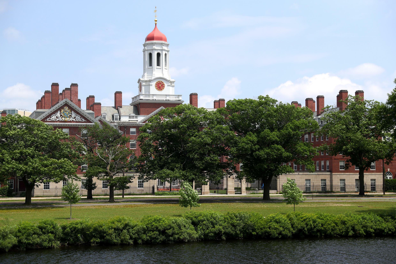 美國哈佛大學校園一角